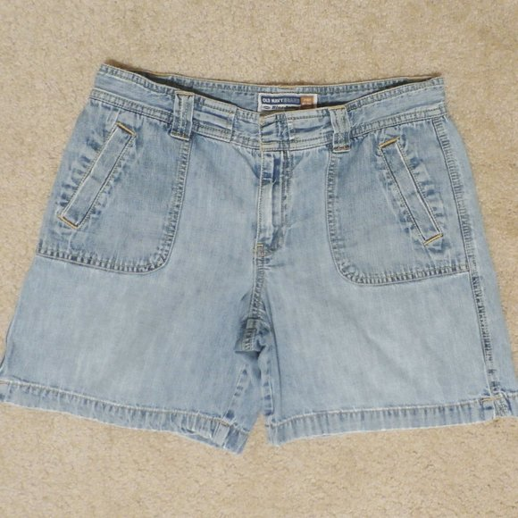 OLD NAVY WOMEN'S SIZE 6 JEAN SHORTS